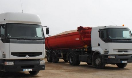 Camion de transport Rivesaltes